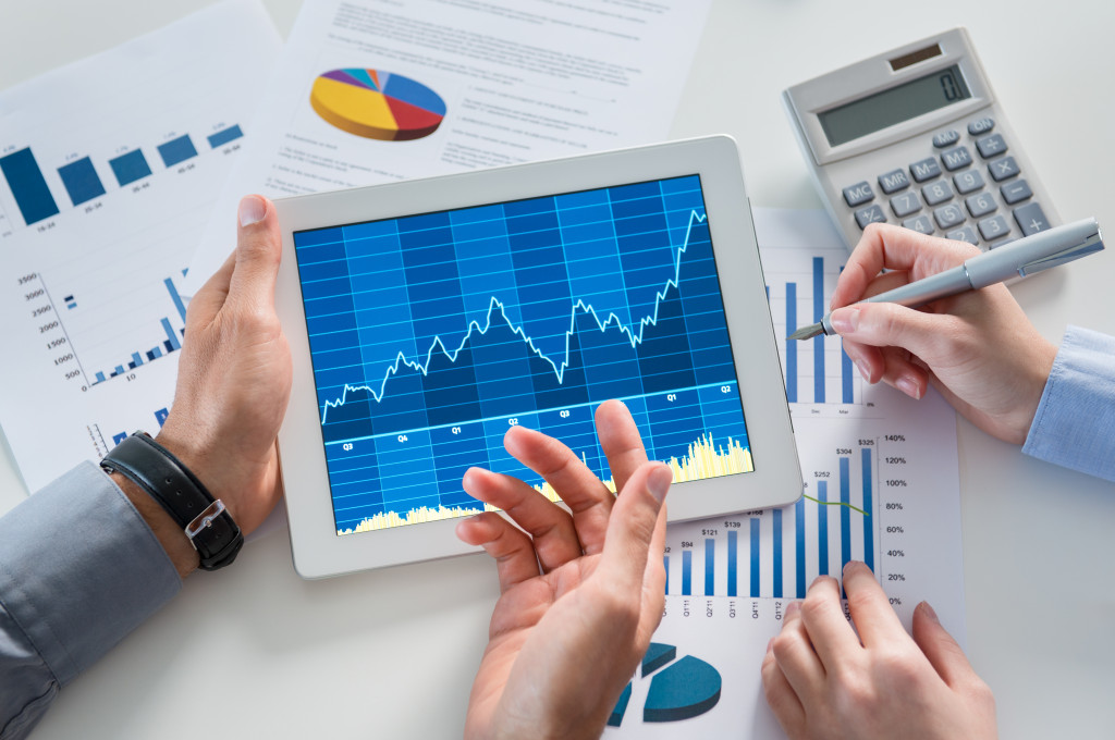 using tablet for monitoring finance